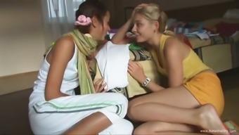 Kissing and masturbating of two teens