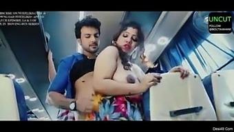 Chalti Bus Me Desi Bhabhi Ki Chuday