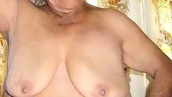 HelloGranny Latinas Amateur Mature Pussies