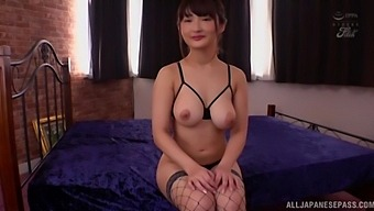 Oiled Japanese hottie Hara Kanon moans while getting fucked in doggy