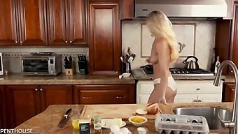 Addie Andrews Naked Cooking Screw In Kitchen