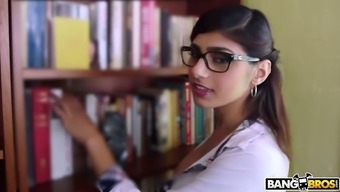 Nicely altered Mia Khalifa is deserving to have her stormy Lebanese clit fucked greyhound dog