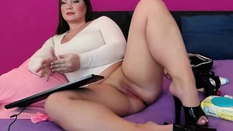 Warm Plus sized Web camera Date Friction Her Pussy