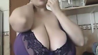 The BBW-Goddess - Alicia in Home or office