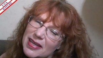 Nerdy homemaker with the use of glasses gladly places the penis into her mouth