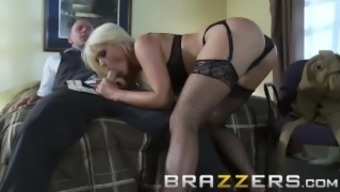 BRAZZERS - Military girl Alexis Ford always gets her man