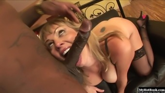 Adrianna Nicole is a attractive blonde along with natural titties as well as a lessening color brand.