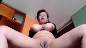 Big tits Housewife Liza toying living at your home