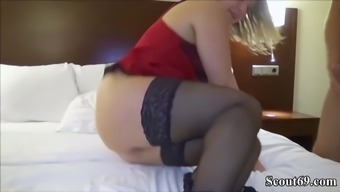 First Time User-Date for German Newbie Teenager BBW and Face