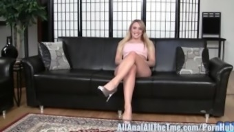 major pickings baby aj applegate gets stupid ass licked and worshiped!